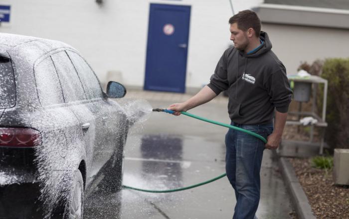 Carwash Benedict Heule Wassen Zonder Krassen